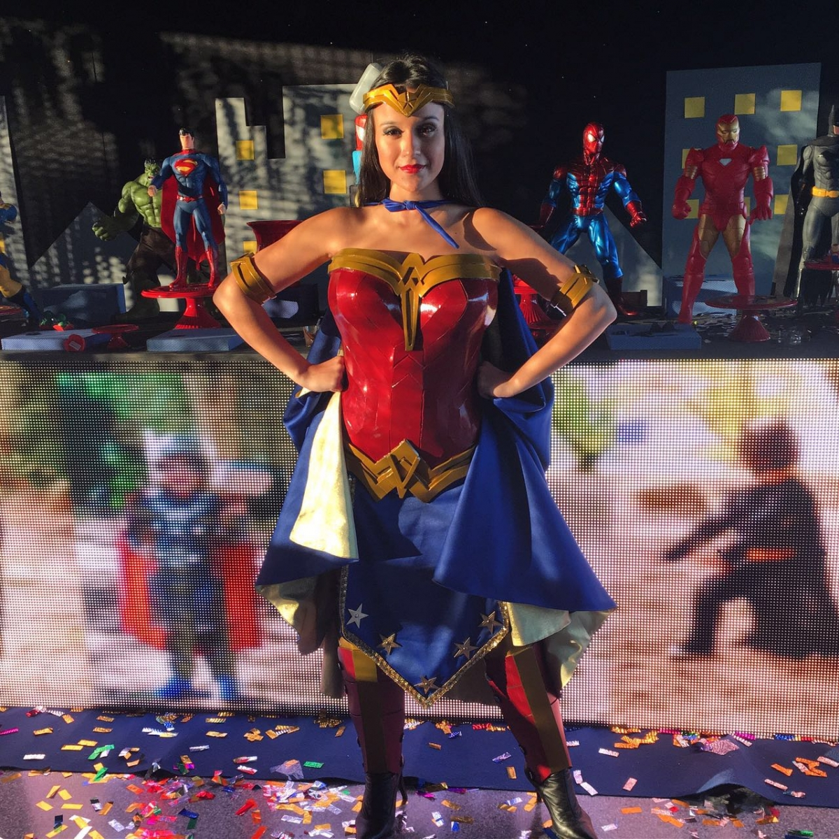 Mulher Maravilha Personagem Para Festa